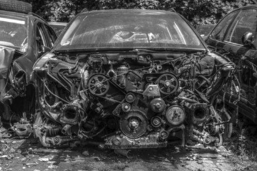 Schrottauto Motor